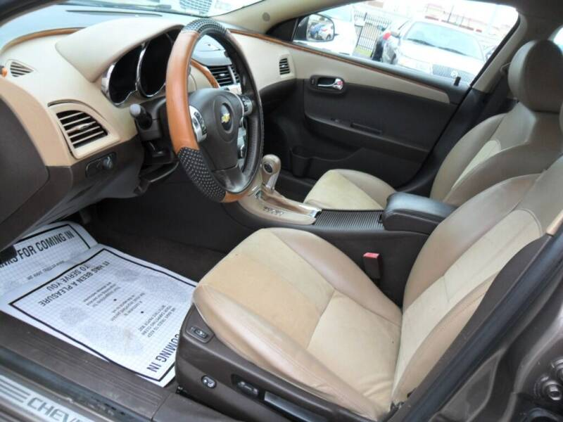 2012 Chevrolet Malibu LT 4dr Sedan w/2LT - Houston TX