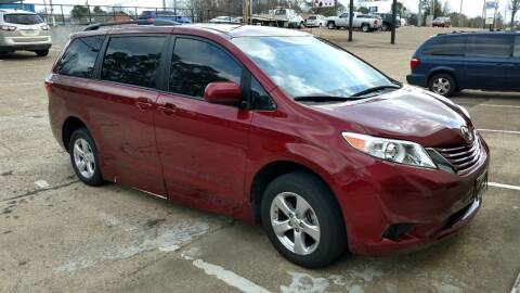 2015 Toyota Sienna for sale at Handicap of Jackson in Jackson TN