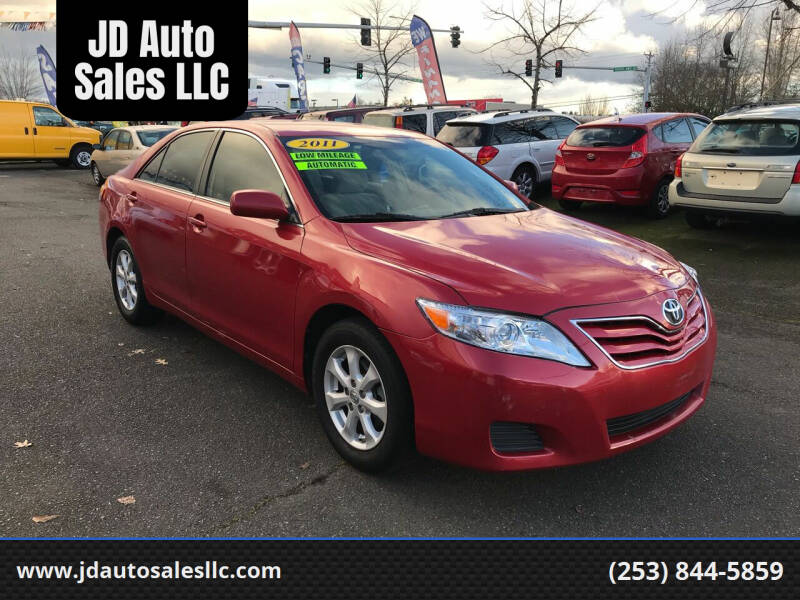 2011 Toyota Camry for sale at JD Auto Sales LLC in Fife WA