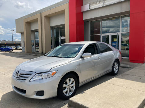 2011 Toyota Camry for sale at Thumbs Up Motors in Warner Robins GA