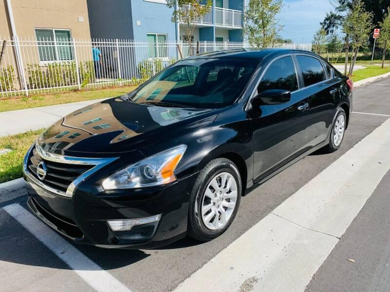 2013 Nissan Altima for sale at LA Motors Miami in Miami FL
