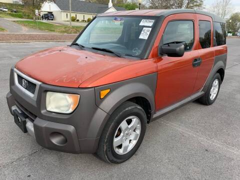 2005 Honda Element for sale at Diana Rico LLC in Dalton GA