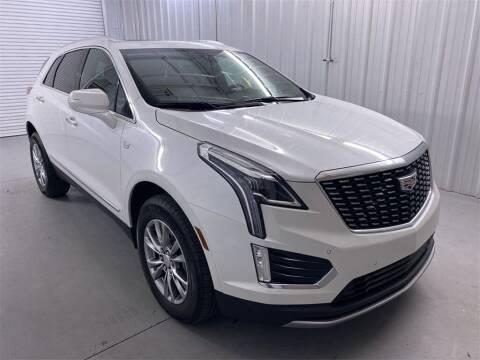 2020 Cadillac XT5 for sale at JOE BULLARD USED CARS in Mobile AL
