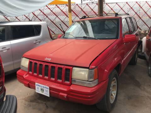 1996 Jeep Grand Cherokee for sale at Borrego Motors in El Paso TX
