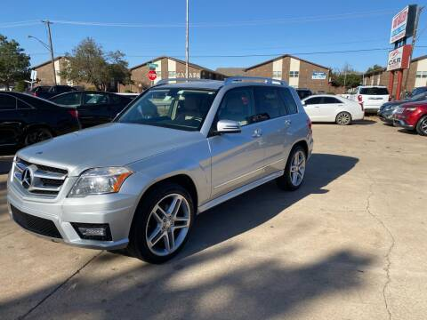 2012 Mercedes-Benz GLK for sale at Car Gallery in Oklahoma City OK