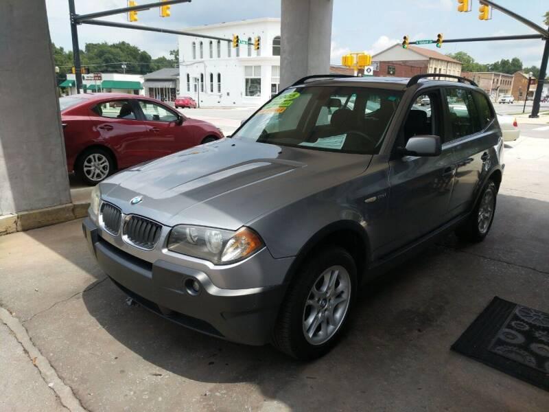 2005 BMW X3 for sale at ROBINSON AUTO BROKERS in Dallas NC