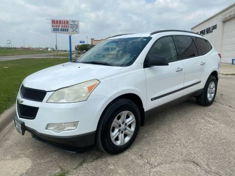 2009 Chevrolet Traverse for sale at MARLER USED CARS in Gainesville TX