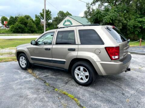 2006 Jeep Grand Cherokee for sale at HOTWIRED AUTO SALES in Joplin MO