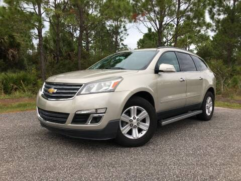 2013 Chevrolet Traverse for sale at VICTORY LANE AUTO SALES in Port Richey FL