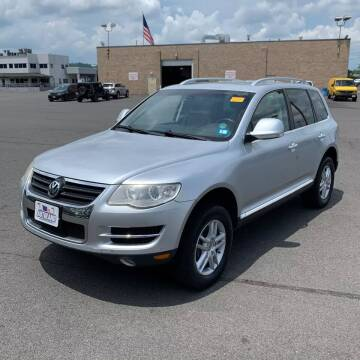 2008 Volkswagen Touareg 2 for sale at CRS 1 LLC in Lakewood NJ