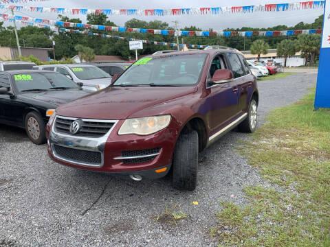 2008 Volkswagen Touareg 2 for sale at Auto Mart - Dorchester in North Charleston SC