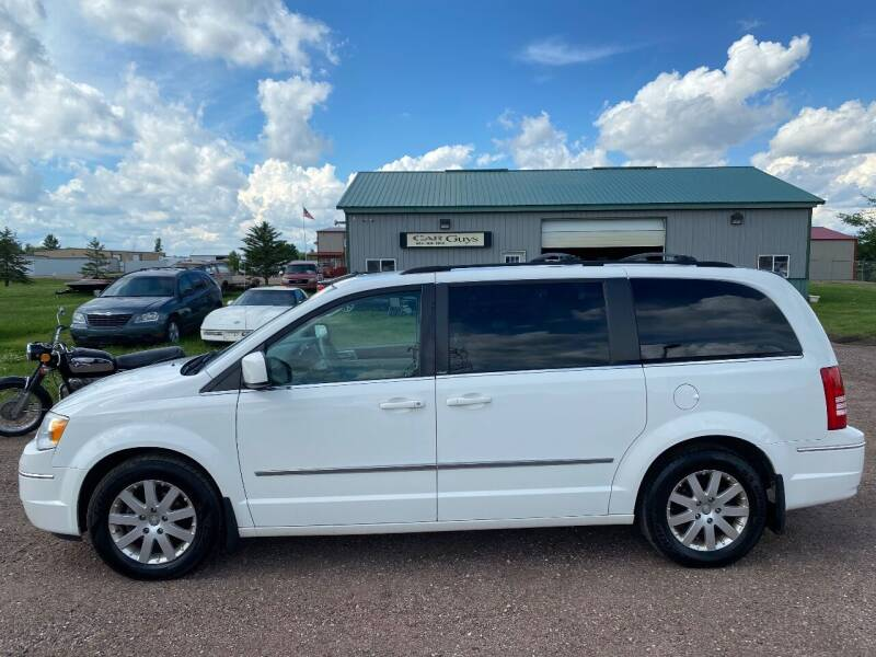 2010 Chrysler Town and Country for sale at Car Guys Autos in Tea SD
