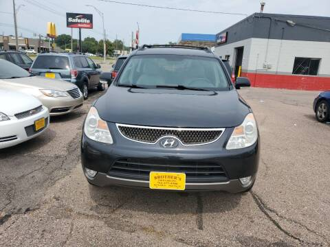 2007 Hyundai Veracruz for sale at Brothers Used Cars Inc in Sioux City IA