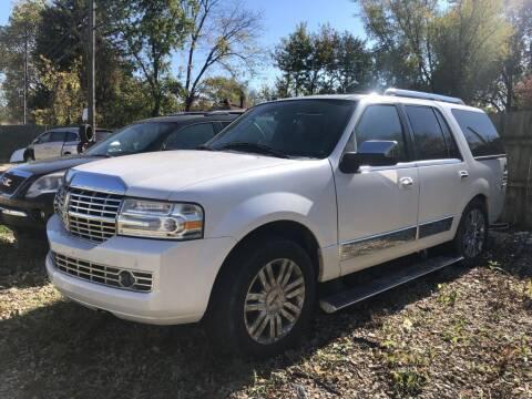 2009 Lincoln Navigator for sale at Urban Motors llc. in Columbus OH