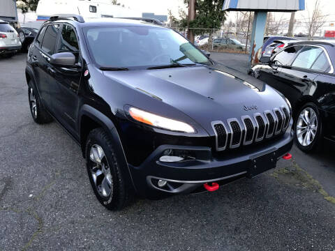 2015 Jeep Cherokee for sale at Autos Cost Less LLC in Lakewood WA