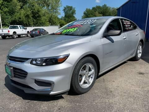 2018 Chevrolet Malibu for sale at FREDDY'S BIG LOT in Delaware OH