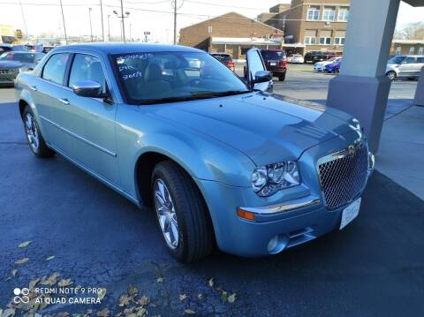 2009 Chrysler 300 for sale at Village Auto Outlet in Milan IL