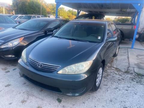 2005 Toyota Camry for sale at SKYLINE AUTO SALES LLC in Winter Haven FL