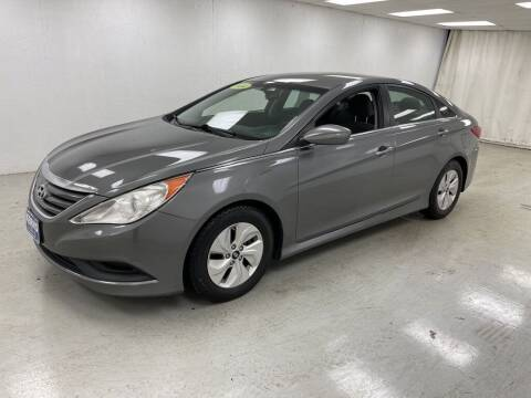 2014 Hyundai Sonata for sale at Kerns Ford Lincoln in Celina OH