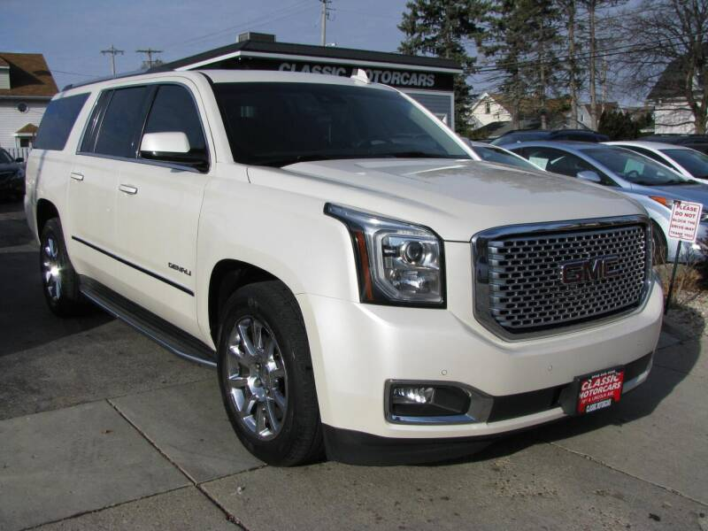 2015 GMC Yukon XL for sale at CLASSIC MOTOR CARS in West Allis WI