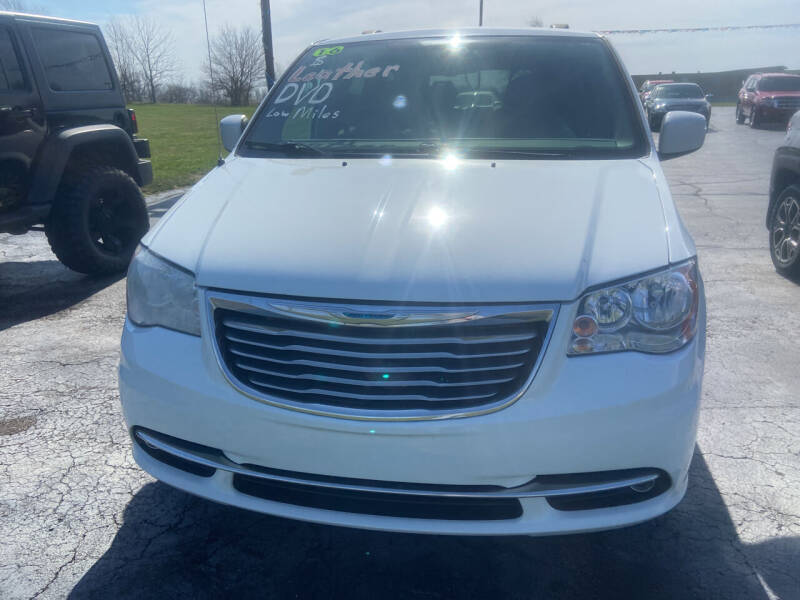 2016 Chrysler Town and Country for sale at EAGLE ONE AUTO SALES in Leesburg OH