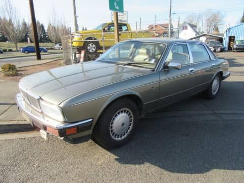 1992 Jaguar XJ-Series for sale at Car Link Auto Sales LLC in Marysville WA
