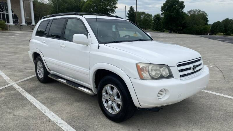 2001 Toyota Highlander for sale at 411 Trucks & Auto Sales Inc. in Maryville TN