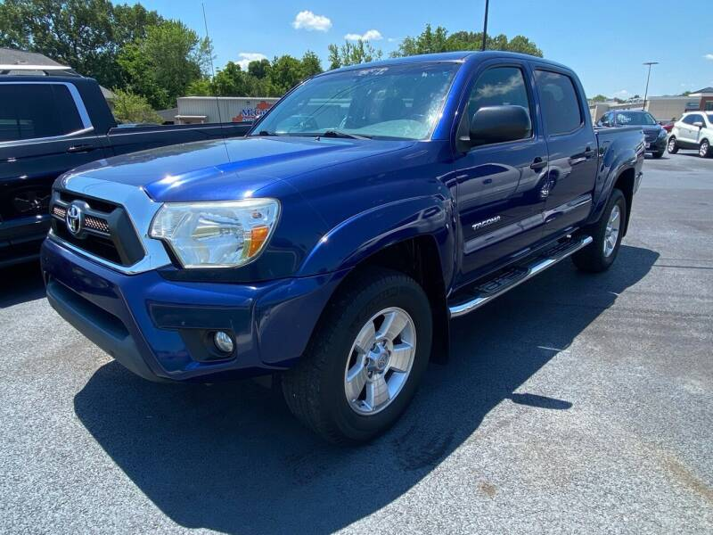 2015 Toyota Tacoma for sale at McCully's Automotive - Trucks & SUV's in Benton KY