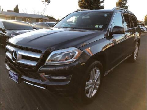 2013 Mercedes-Benz GL-Class for sale at AutoDeals in Hayward CA