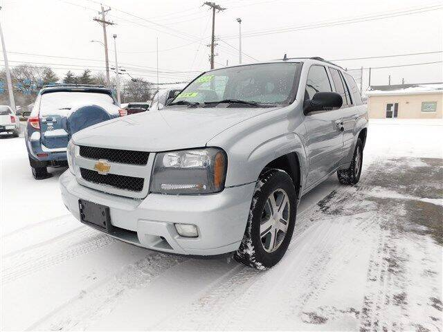 2007 Chevrolet TrailBlazer for sale at D & T Auto Sales, Inc. in Henderson KY