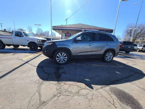 2011 Kia Sorento for sale at Geareys Auto Sales of Sioux Falls, LLC in Sioux Falls SD