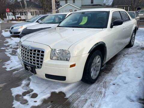2008 Chrysler 300 for sale at Nelson's Straightline Auto - 23923 Burrows Rd in Independence WI