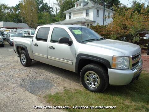 2011 Chevrolet Silverado 1500 for sale at Vans Vans Vans INC in Blauvelt NY