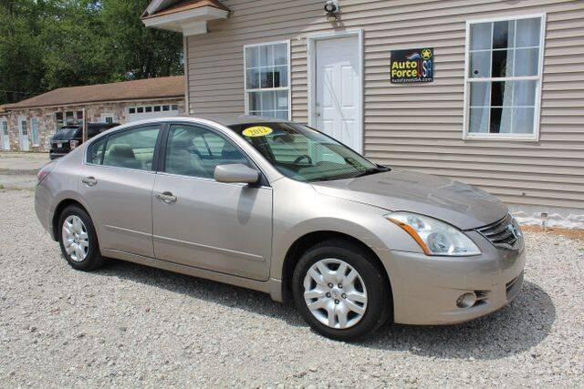 2012 Nissan Altima for sale at Auto Force USA in Elkhart IN