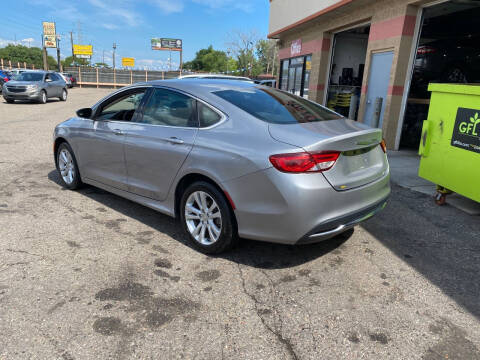 2015 Chrysler 200 for sale at KING AUTO SALES  II in Detroit MI