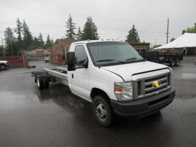 2011 Ford E-Series Chassis for sale at Teddy Bear Auto Sales Inc in Portland OR