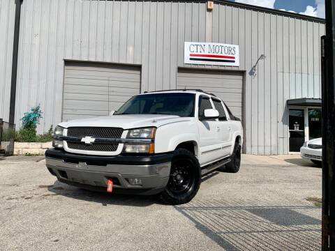2005 Chevrolet Avalanche for sale at CTN MOTORS in Houston TX