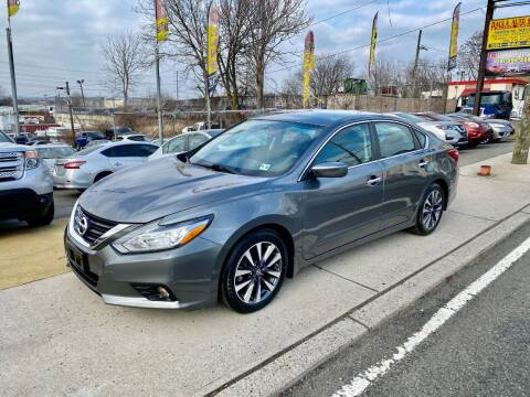 2016 Nissan Altima for sale at JR Used Auto Sales in North Bergen NJ