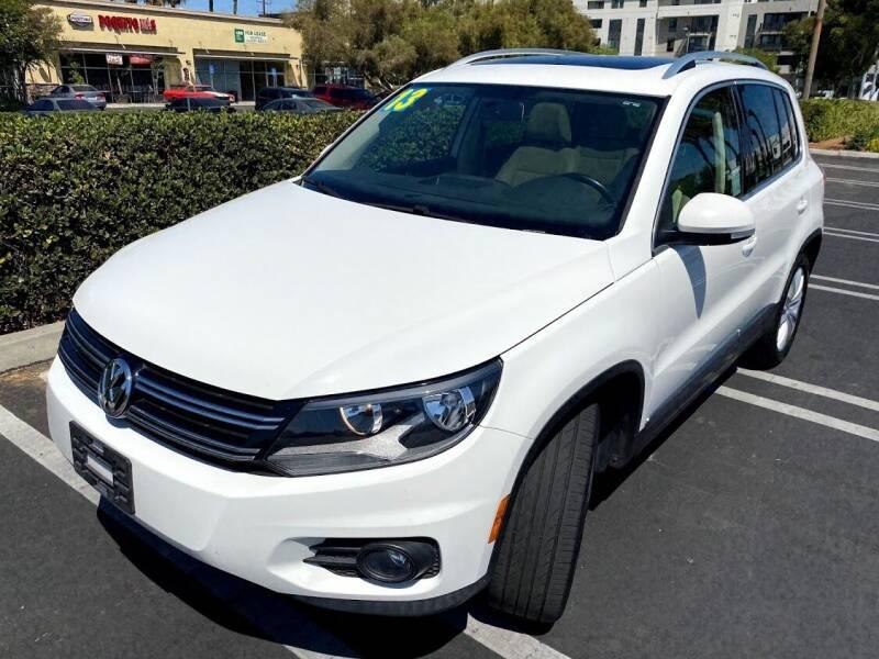 2013 Volkswagen Tiguan for sale at Fiesta Motors in Winnetka CA