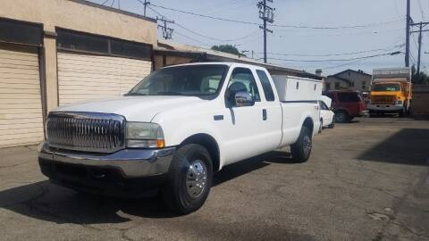 2004 Ford F-250 Super Duty for sale at Vehicle Center in Rosemead CA