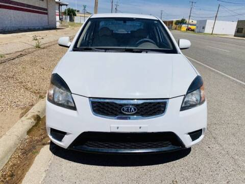 2011 Kia Rio for sale at MAGNA CUM LAUDE AUTO COMPANY in Lubbock TX
