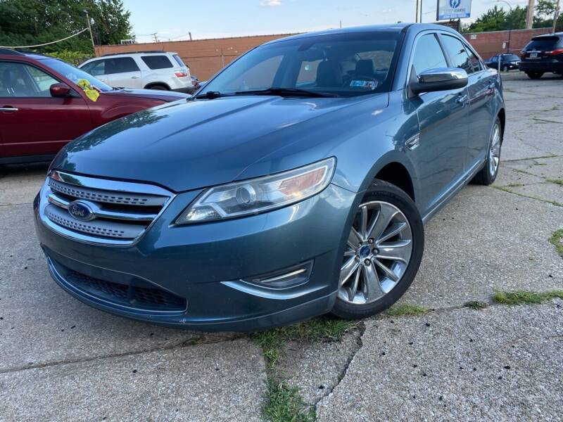2010 Ford Taurus for sale at Cedar Auto Group LLC in Akron OH