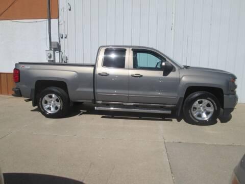 2017 Chevrolet Silverado 1500 for sale at Parkway Motors in Osage Beach MO