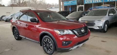 2020 Nissan Pathfinder for sale at Divine Auto Sales LLC in Omaha NE