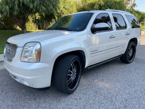 2011 GMC Yukon for sale at Donada  Group Inc in Arleta CA