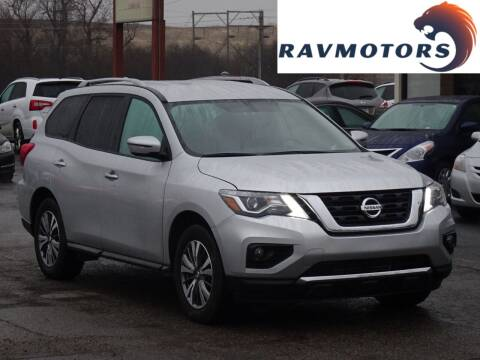 2020 Nissan Pathfinder for sale at RAVMOTORS in Burnsville MN
