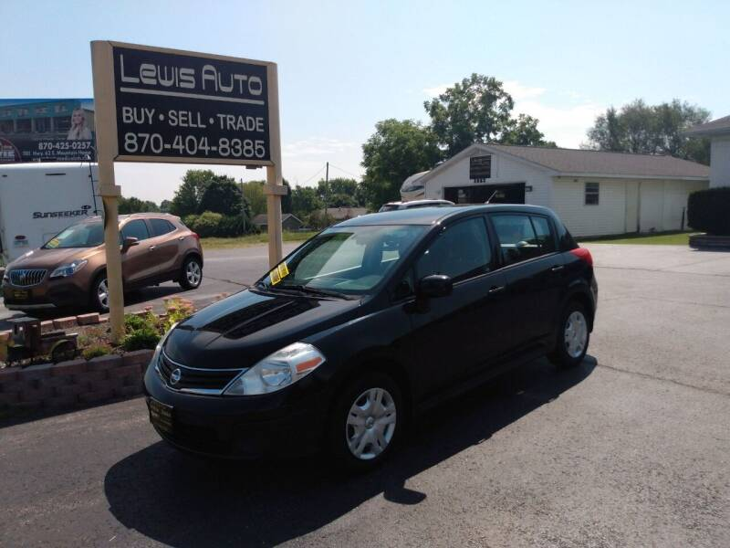 2010 Nissan Versa for sale at LEWIS AUTO in Mountain Home AR