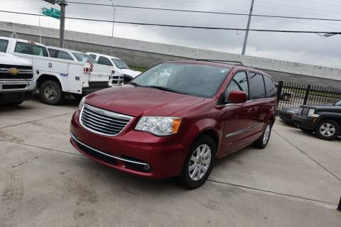 2014 Chrysler Town and Country for sale at Universal Credit in Houston TX