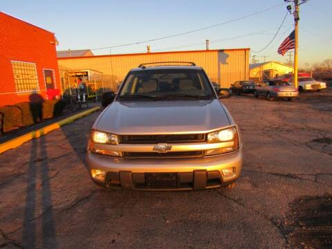 2004 Chevrolet TrailBlazer for sale at X Way Auto Sales Inc in Gary IN