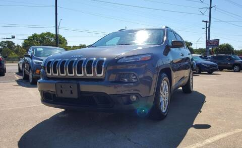 2017 Jeep Cherokee for sale at International Auto Sales in Garland TX
